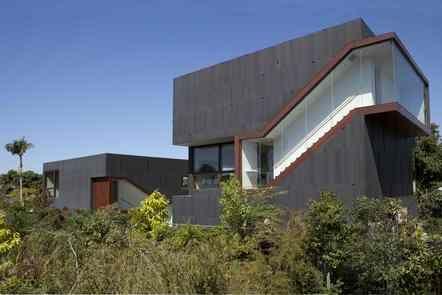 THE MÜ/SH RESIDENCE, 2007 2008 Federal Avenue, CA 90025