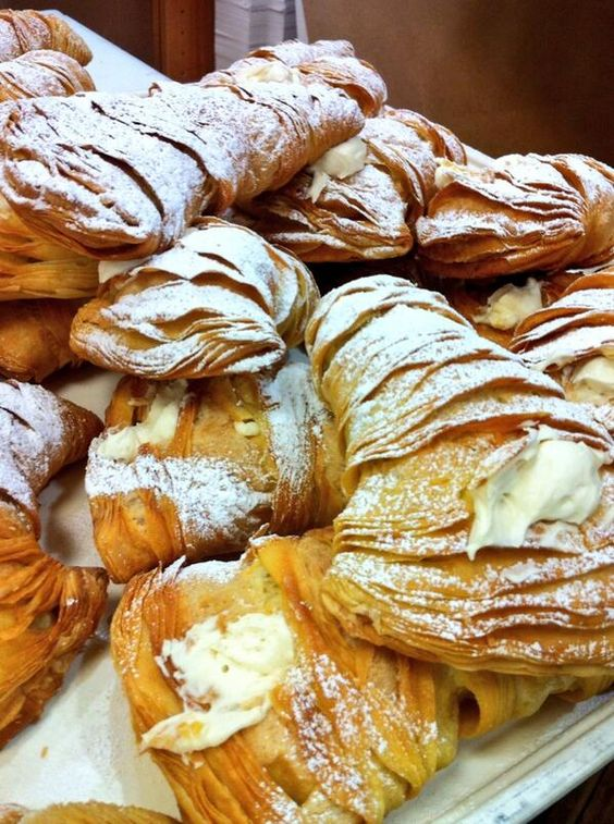 New batch of lobster tails | Alimentos | Pinterest | Bakeries, Lobsters and Cakes