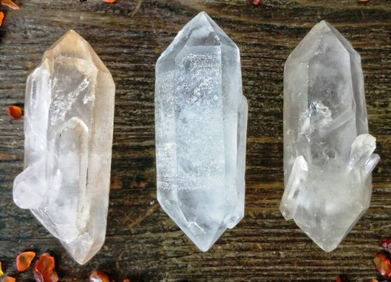 Hey, I found this really awesome Etsy listing at https://www.etsy.com/listing/237328335/raw-crystal-quartz-point-from-madagascar