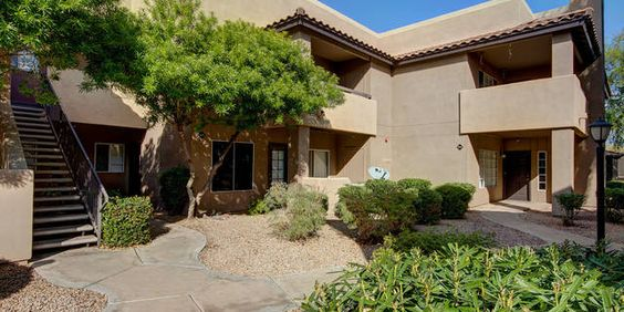 Resort-style living in prime Scottsdale location! Clean, second level, 1 bedroom condo with fireplace. Spacious bedroom, large bathroom, fully equipped kitchen! Close to 101 Freeway, Mayo Clinic, Tons of Shopping and Dining in every direction!