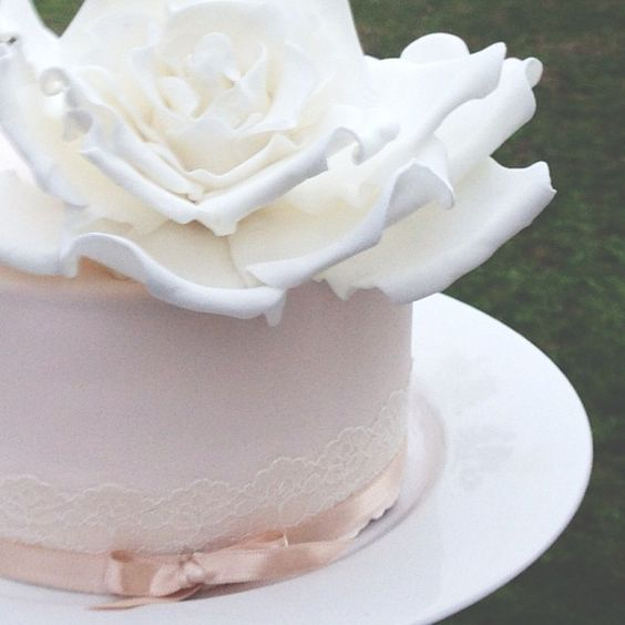 Simple yet elegant wedding cake. Could even be a cake that you may have at your engagement party or for that small wedding ceremony.