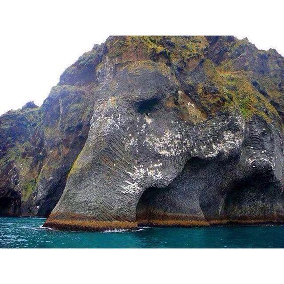 Elephant Rock in Heimaey, Iceland #Padgram