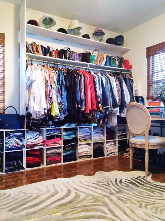 Closet envy (Song of Style)