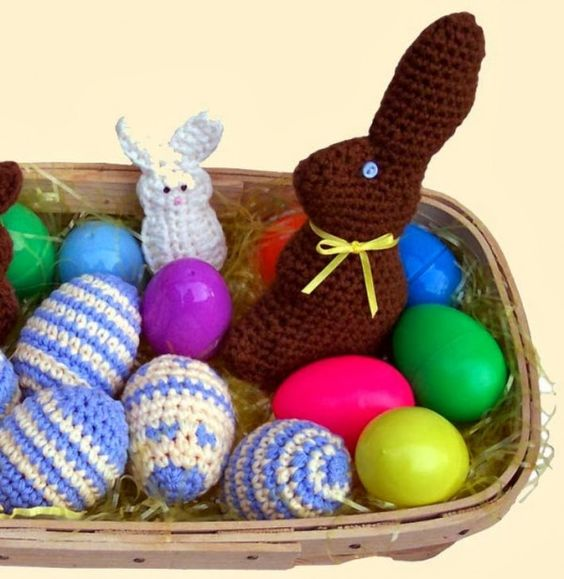 I'm loving this free crochet pattern for a chocolate Easter Bunny from Delight-Gems