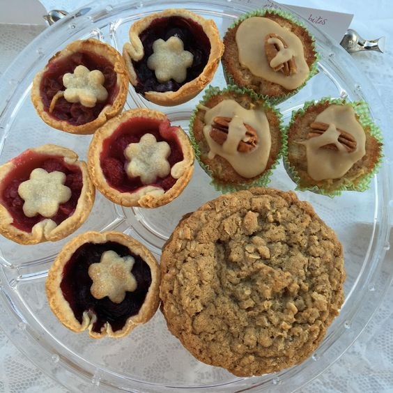 Back at it today! Mini fruit pies brown sugar oatmeal cookies and mini apple cake with brown sugar caramel glaze. #baking #cookies #sugar #brownsugar #pie #fruit #cake #yum #farmersmarket
