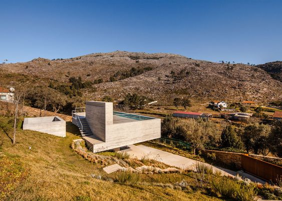Carvalho Araújo design house with rooftop pool in Portugal