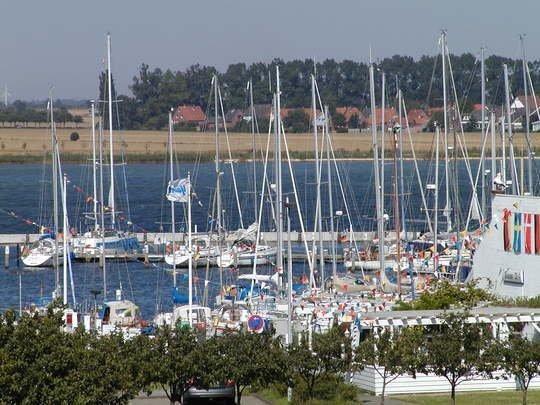 Homalux 1,5 Zimmer-Yachthafen / Südstrand - mit WLan - Ferienwohnung Burgtiefe-Südstrand  #Fehmarn #Ferienwohnung #Yachthafen