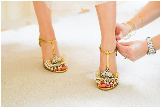 Gucci Wedding Shoes Bride Shoe Gold Guccie Heels Www Sharonkeephotography Sharon Kee Photography Weddings Pinterest