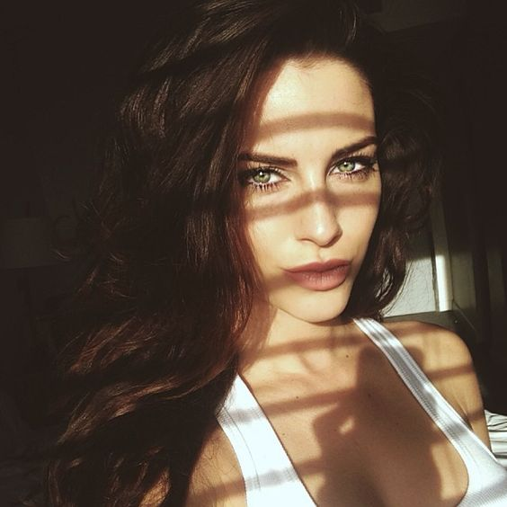 Big sun coming strong through the motel blinds...  #dayoff #neworleans #selfie  http://onlineinstagram.com/media/846485566028450139_267146985