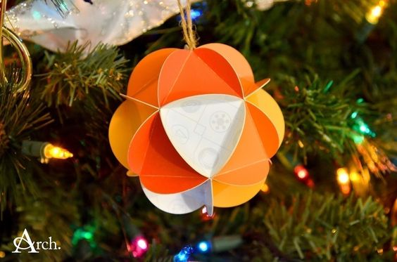 Christmas Card Paper Ornament Ball  •  Free tutorial with pictures on how to make a bauble in under 20 minutes