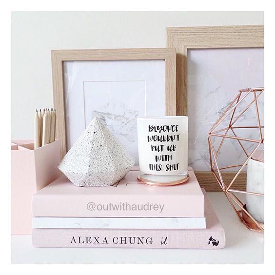 Pink desk accessories my house pinterest bureaux for Minimalist house instagram
