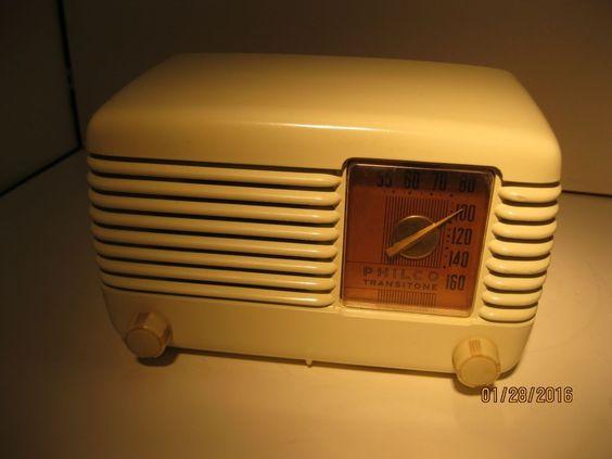 Philco Transitone Radio Model 49-500, Good Working Condition