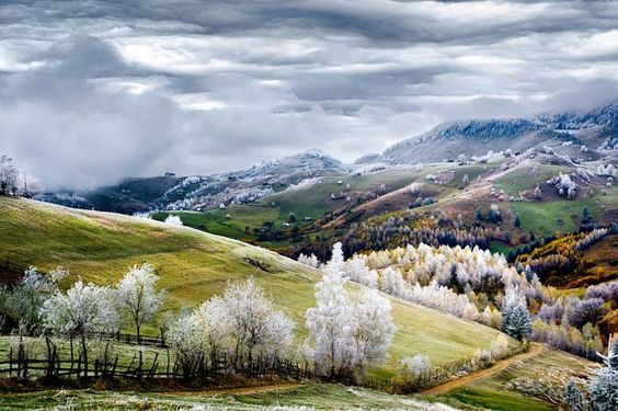 Romania,-Land-of-Fairy-Tales-Photo-and-caption-by-Eduard-Gutescu