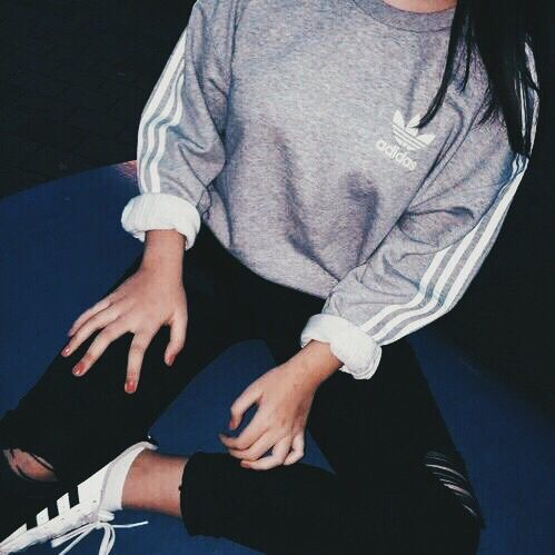 Pinterest: @barbphythian || Ootd, casual sporty look