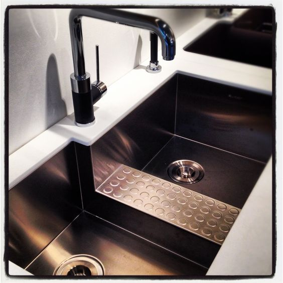 Oversized Sinks Kitchen : Oversized kitchen sink on display at Immerse by Atlas in St. Louis ...
