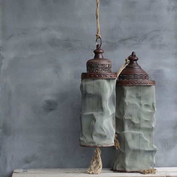 Stoere set hang lantaarns. Inc dik touw. Ik heb ze zelf buiten hangen.  WWW.HUISJEMETSPULLETJES.NL  #stoerwonen#industrieelwonen#
