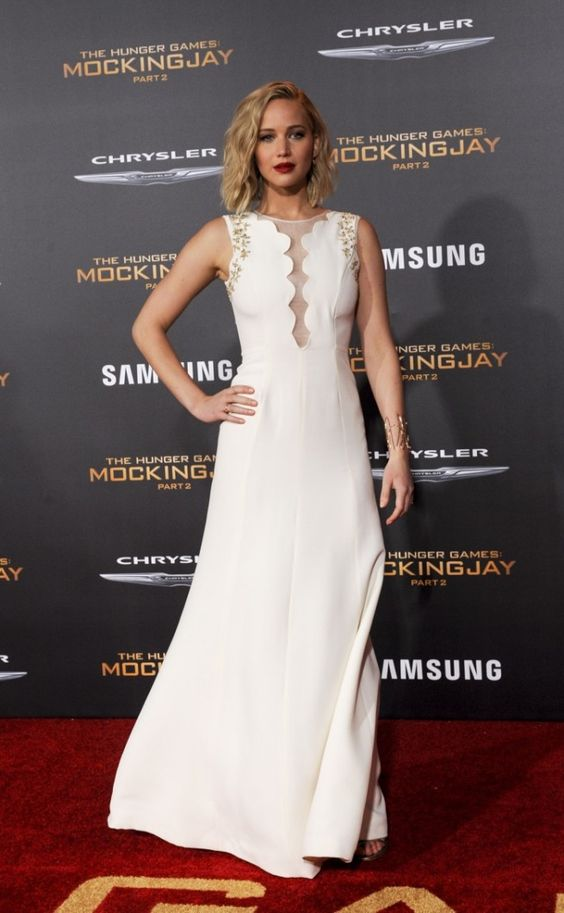 Jennifer Lawrence at the LA premiere wearing Dior!