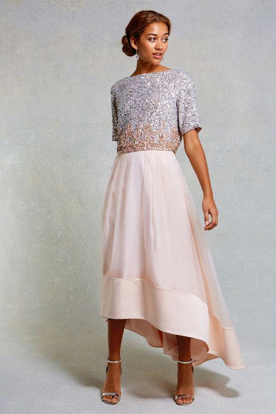 Kleid für Standesamt aussuchen Brautkleid in Rosa