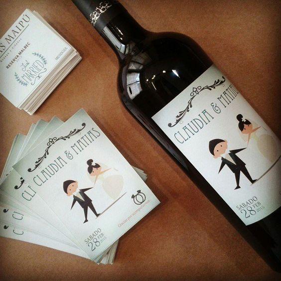 Etiquetas de vino personalizadas.