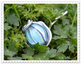 Nikate: Perlen und Tasche
