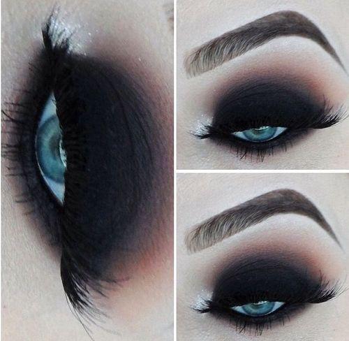 Dark + gothic makeup inspiration Black smokey blended eye | Blue eyes