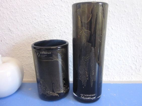 Isle of Wight Michael Harris & William Walker - 2 vases  Azurene 1978