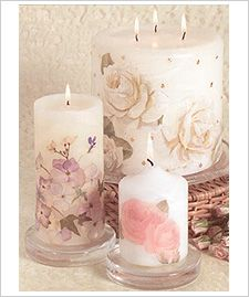 Decopage dried flowers to the candles