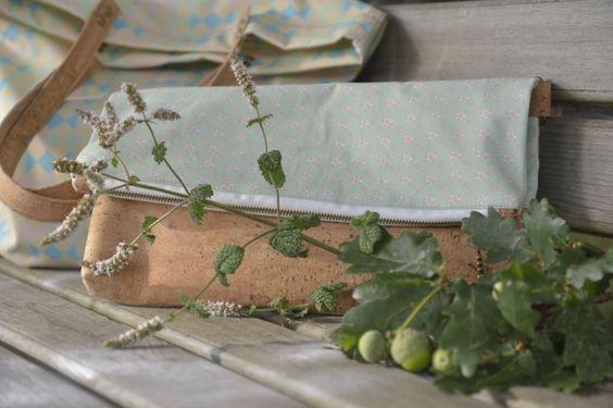 """Bolso clutch de corcho y algodón orgánico """"Marbles"""" por Xianna, 60,00 EUR"""
