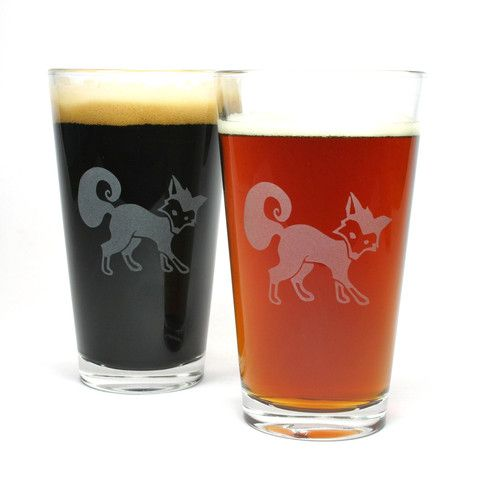 Fox etched pint glasses by Bread and Badger Gifts  #fox #breadandbadger #etchedglass #pintglass #beer #sandblasting