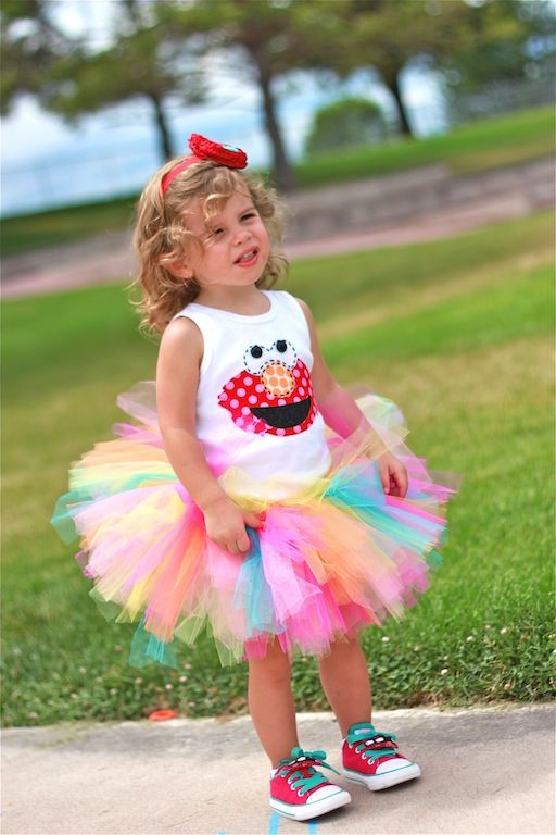 Adorable outfit for sesame street party