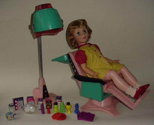 betty beauty parlor doll, got her for christmas one year.: Glamor Dolls, Childhood Dolls, Girls Dolls, Retro Dolls, 1950 S Dolls, Vintage Doll, Dolls Accessories, Dolls Deluxe