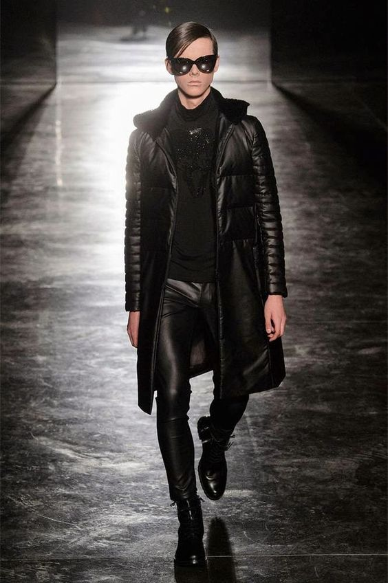 RYNSHU Fall/Winter 2015 - Paris Fashion Week