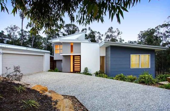 Skillion roof weatherboard colorbond exteriors for Weatherboard garage designs