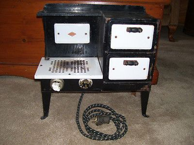 VINTAGE-ANTIQUE-EMPIRE-ELECTRIC-RANGE-OVEN-STOVE-SALESMANS-SAMPLE-CHILDS-TOY