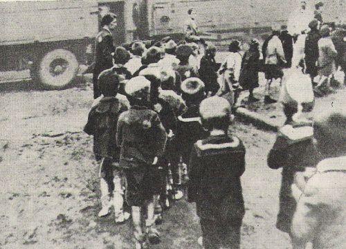 Deportation jüdischer Kinder aus Lodsch ins Vernichtungslager Kulmhof