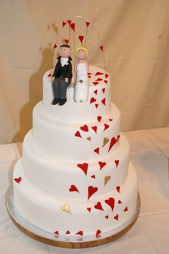 Heart Themed Wedding Ideas - heart wedding cakes decoration