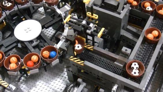 Découvrez la plus grande machine LEGO jamais construite | The Creators Project