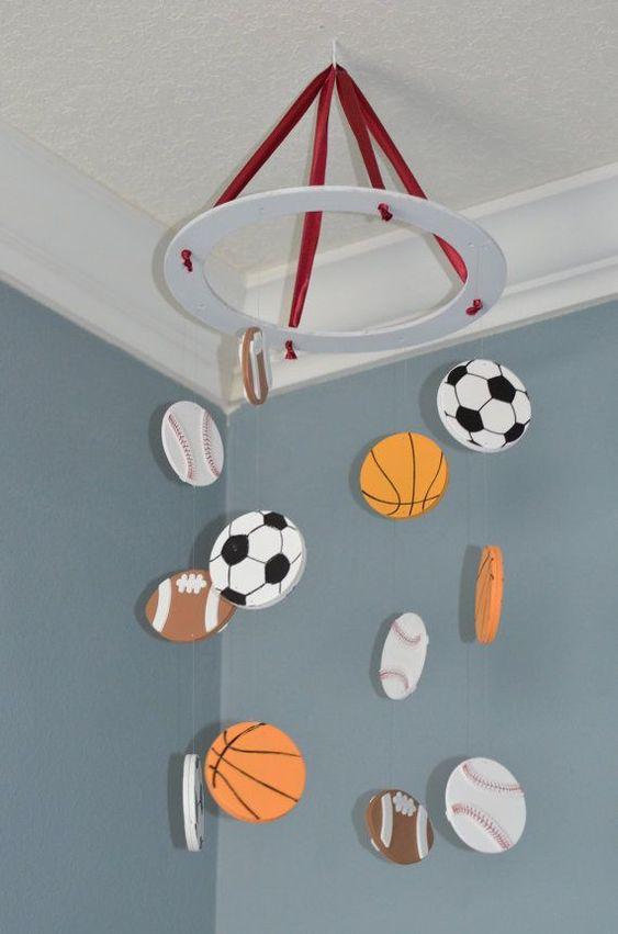 Deportes Nursery móvil - Fútbol Béisbol Fútbol Baloncesto - por FlutterBunnyBoutique: