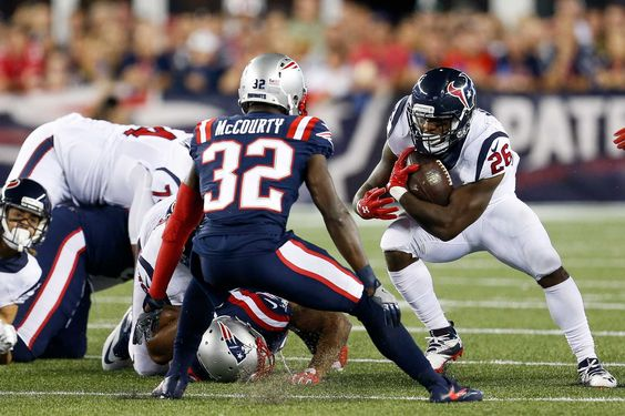 Texans' Lamar Miller stonewalled by Patriots