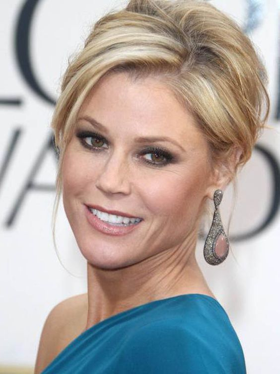 How-to: Julie Bowen's casual chignon at the Golden Globes http://beautyeditor.ca/2013/01/15/how-to-julie-bowens-casual-chignon-at-the-golden-globes/
