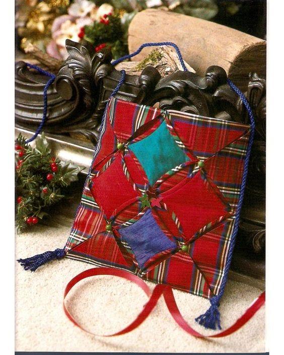 25 patchwork purses, totes, and bags. DIY tutorial. Plaid taffeta shoulder bag