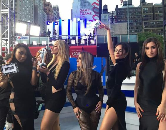 Fifth Harmony on VMA's MTV, NYC MoonMan BestSongOfSummer