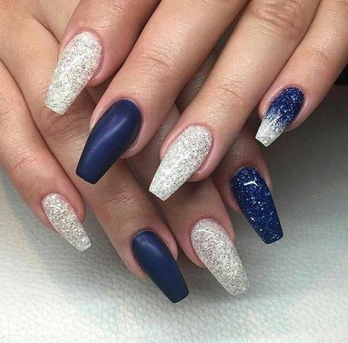 What Christmas Manicure To Choose For A Festive Mood Coffin