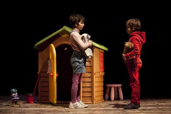 Scena Madre - La stanza dei giochi // Domenica 14 Febbraio 2016 ore 17 #scenamadre #lastanzadeigiochi #teatrodidomenica #teatrobrecht #perugia #umbria #teatro #fontemaggiore #spettacoli #famiglia