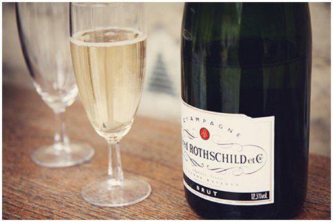 elopement champagne wedding