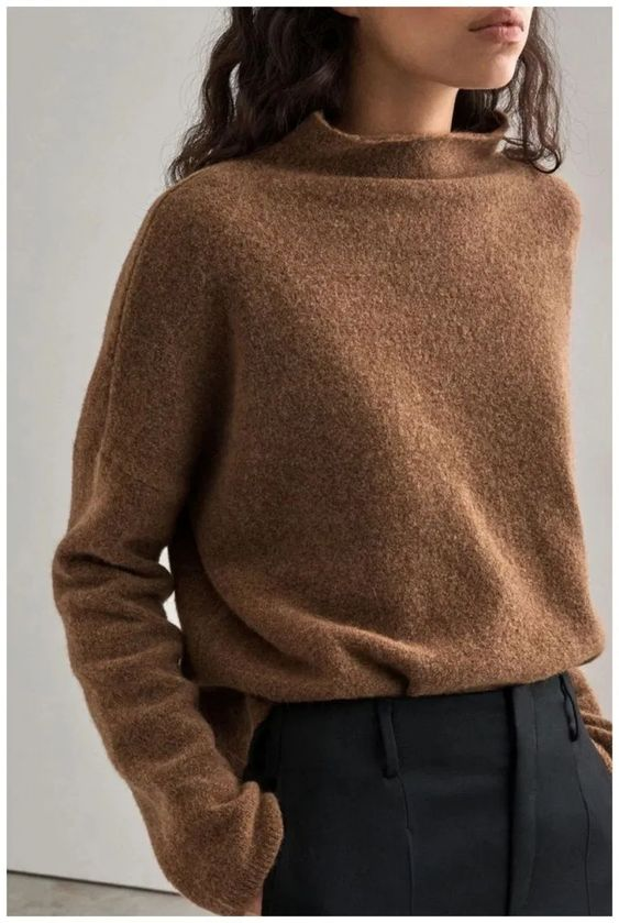 30+ Minimal everyday look, classic and simple. Oversized camel pullover, black » GALA Fashion