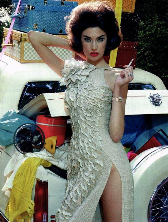 VogueItalia-Sept2011-MilesAldridge-JacquelynJablonski-8