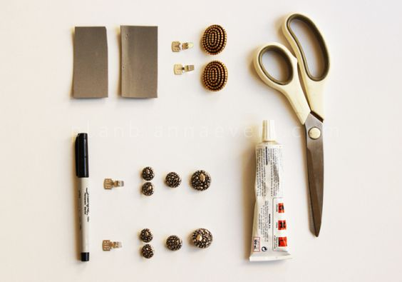 Plan B a n n a · e v e r s DIY-fashion-blog button shoe accessory Materiales