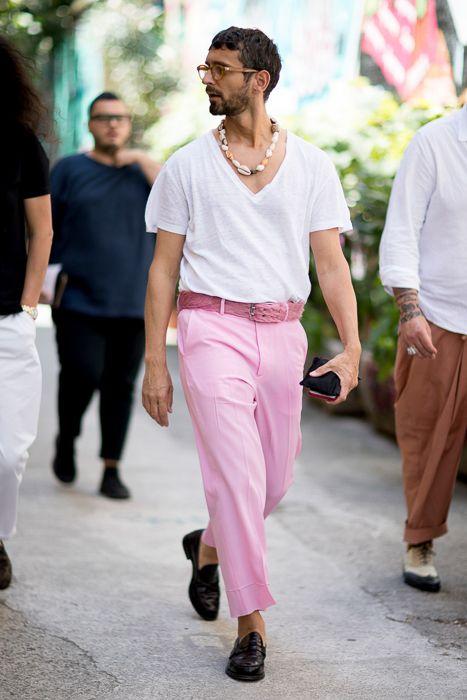 The best street style from Milan Men's Fashion Week SS18,白Tシャツ海外メンズコーデ