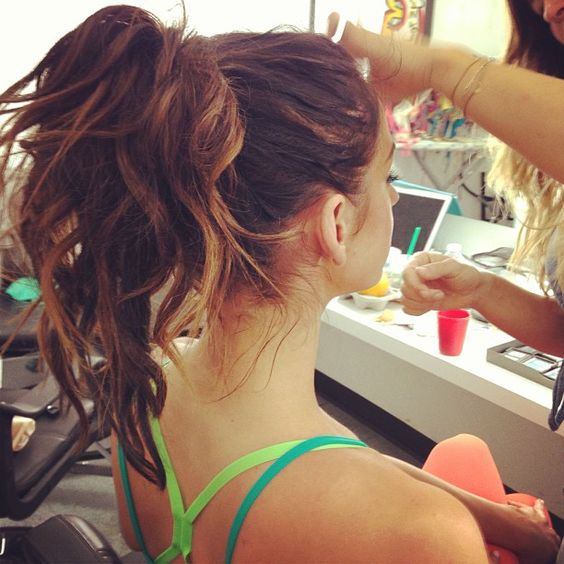 Cute workout hair! :) We love high ponytails! Behind the scenes pic from yesterday. TIUbts - @karenakatrina- #webstagram